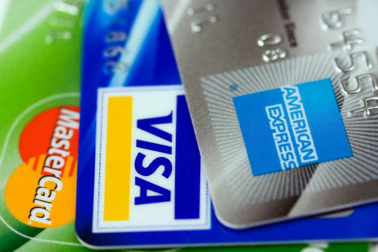 How I Deal With Credit Cards - Foodica